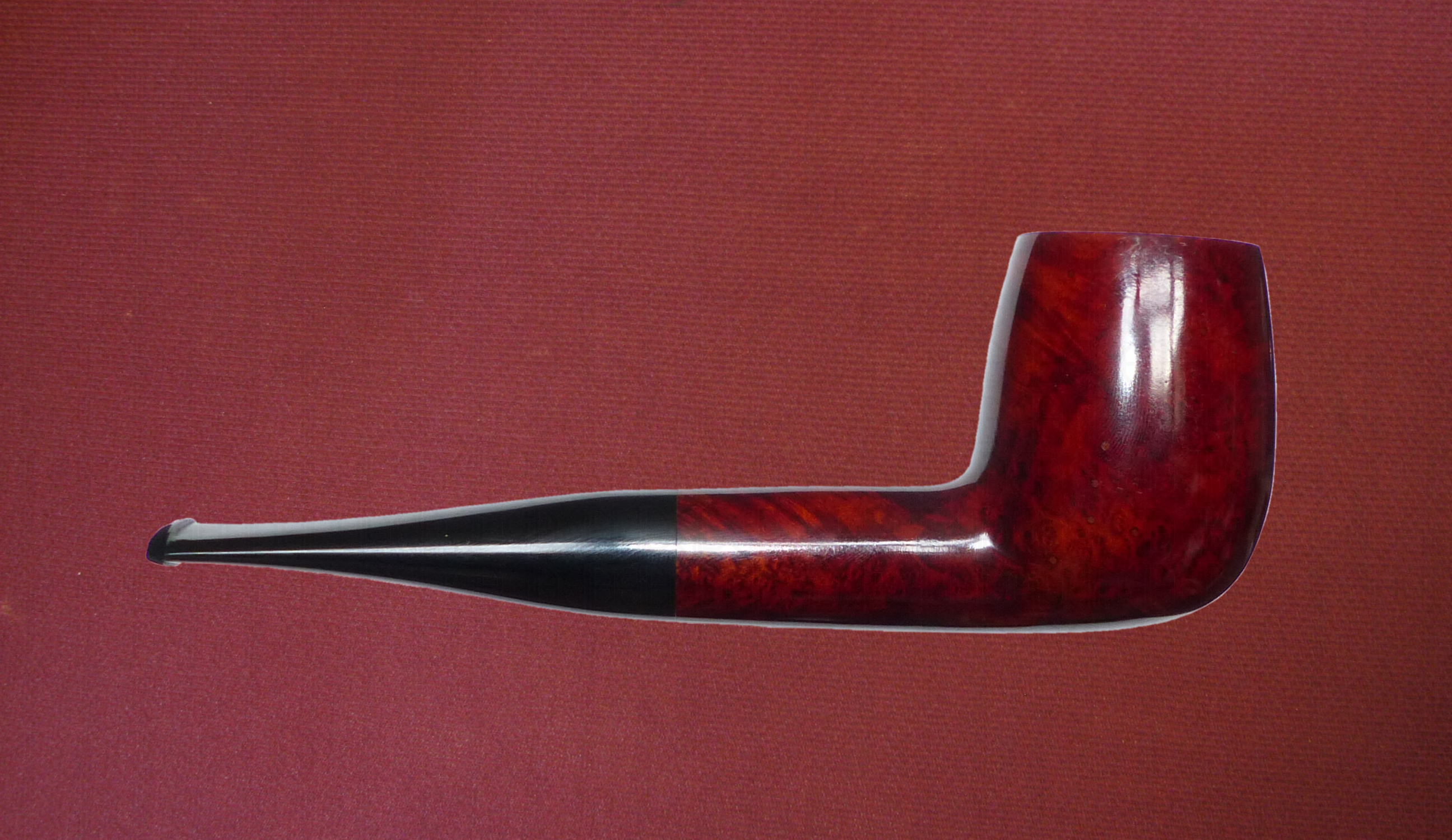 Billiard (Walnut Smooth)